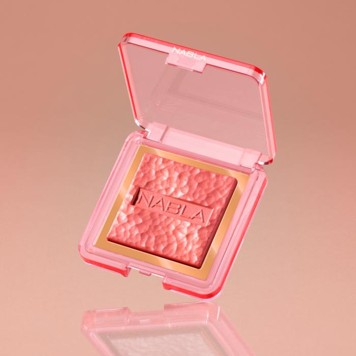 skin-glazing-lola-3-1500px
